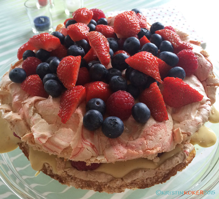 Vedens beste med vaniljekrem og bær