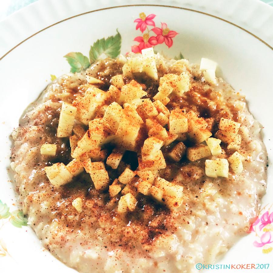glutenfri frokostgrøt, glutenfri hirsegrøt, glutenfri havregrøt, grøt med kollagenpulver, grøt med eple og kanel grøt med kokosmelk