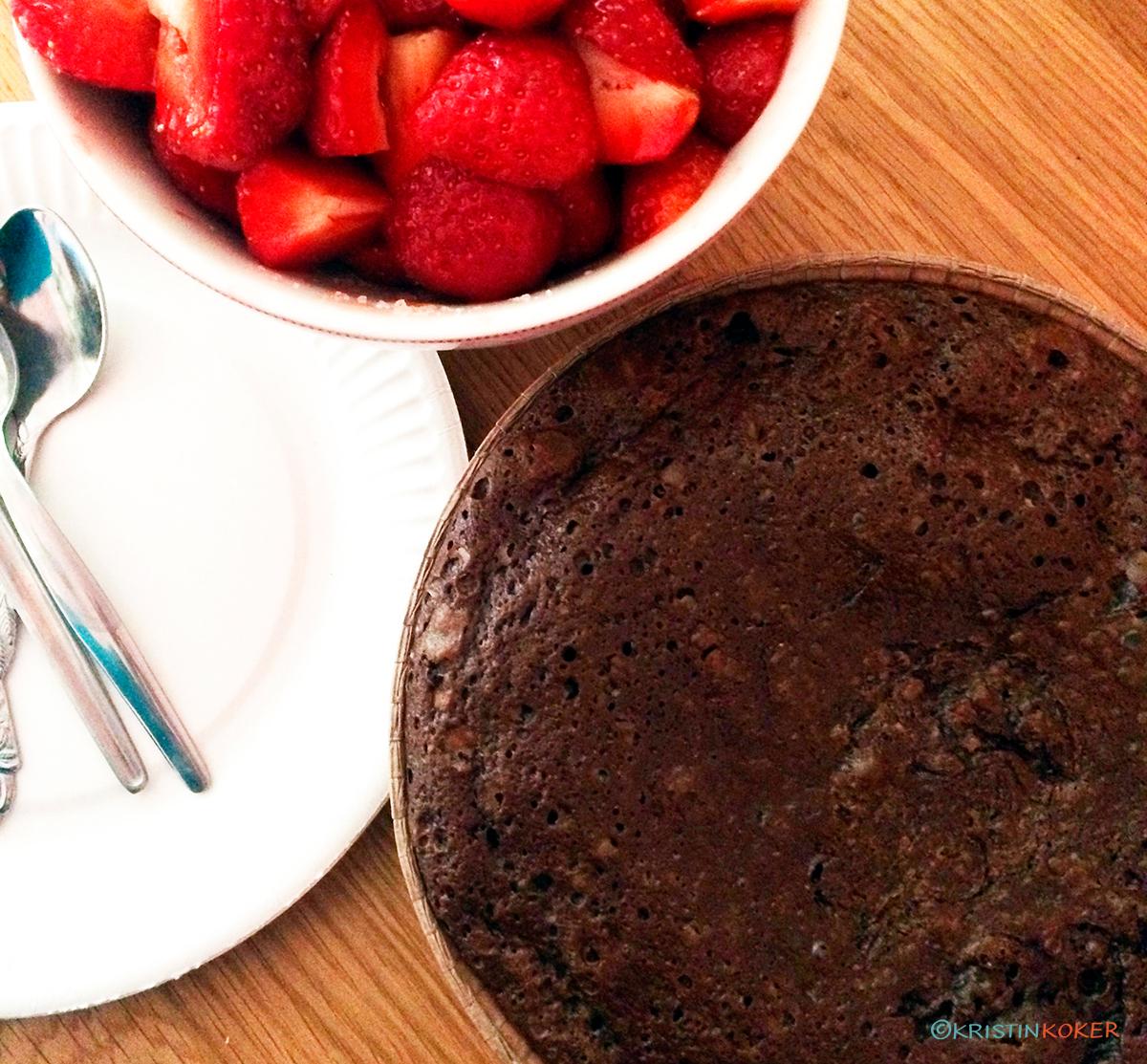 Enkel sjokoladekake med fire ingredienser
