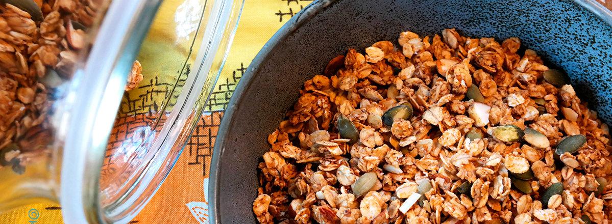 gresskargranola med glutenfri havre og krydder