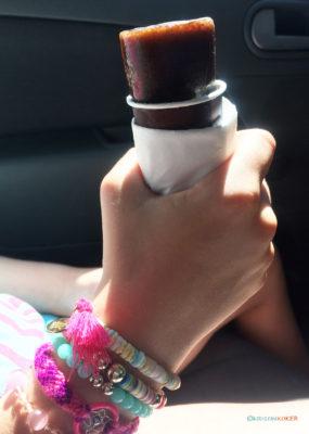 frys-selv-saftis i bilen på ferie