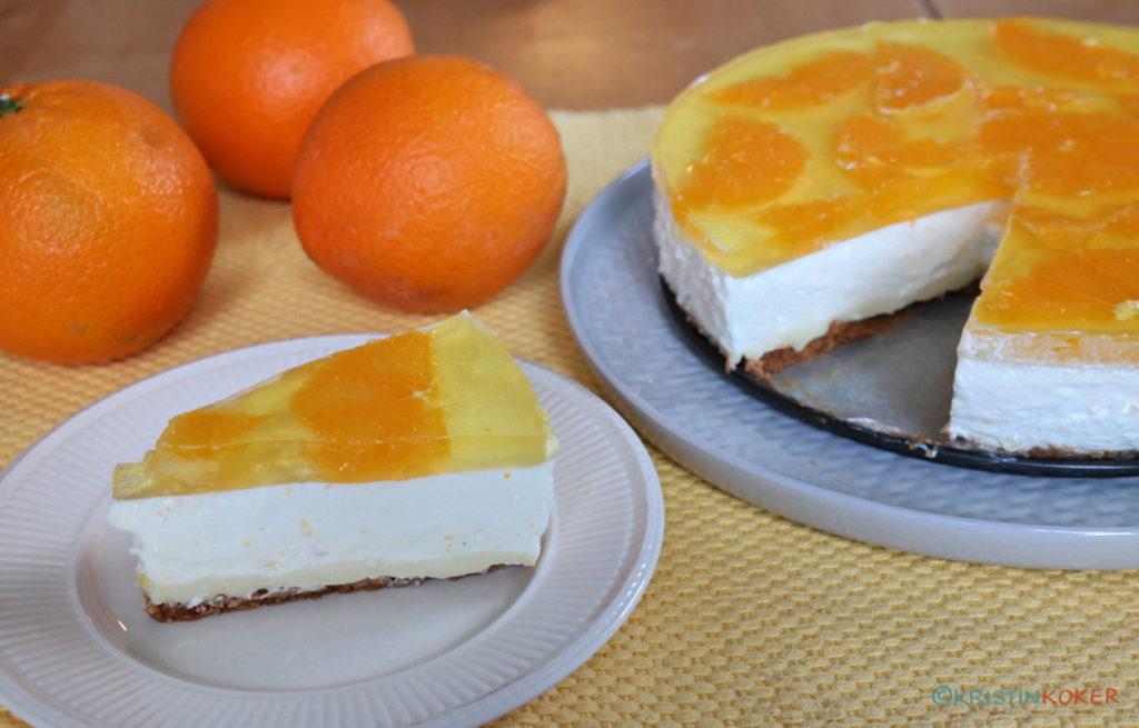 Nydelig melkefri og glutenfri fromasjkake med sitron og appelsin.